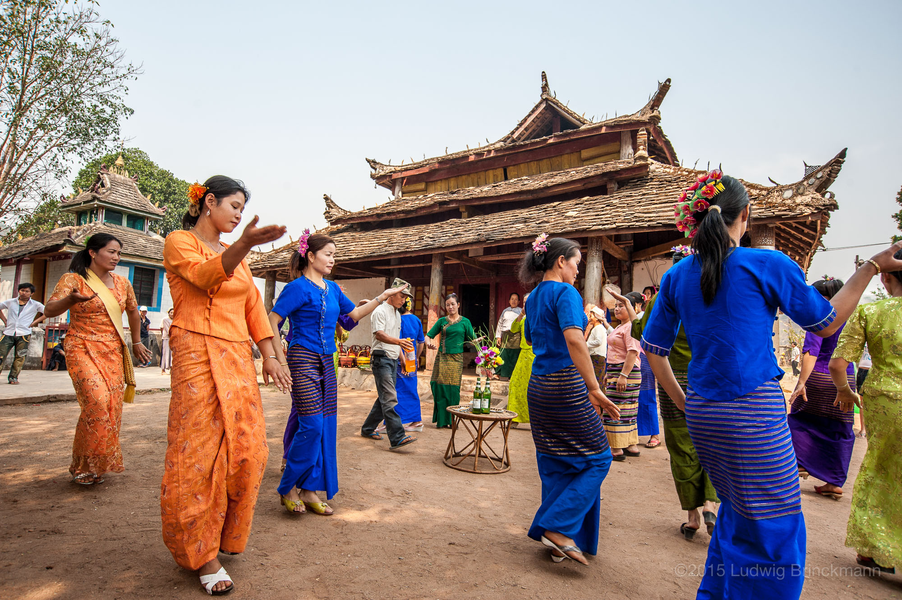 Picture: Dances at a village temple south of Menglian on the eve of the Watersplashing Festival.