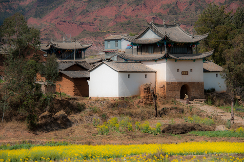 Picture: A historic village on the old Kunming-Dali road.